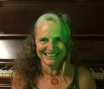 Photo of Lynette Lancini