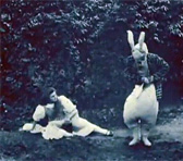 A still image from Alice in Wonderland (1903)