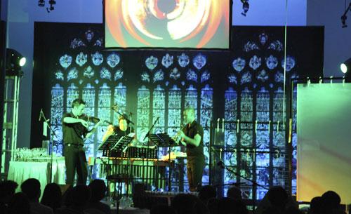 Ensemble Offspring performing in China