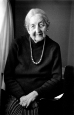 Photo of Miriam Hyde