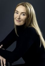 Photo of Lisa Gerrard